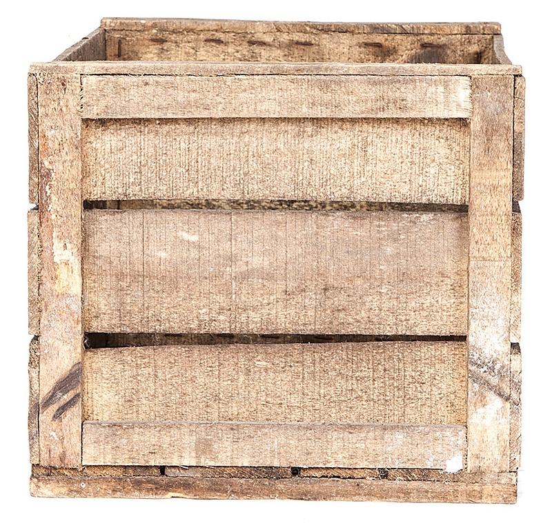 l 39 art de la caisse caisse en bois aux c t s carr s. Black Bedroom Furniture Sets. Home Design Ideas