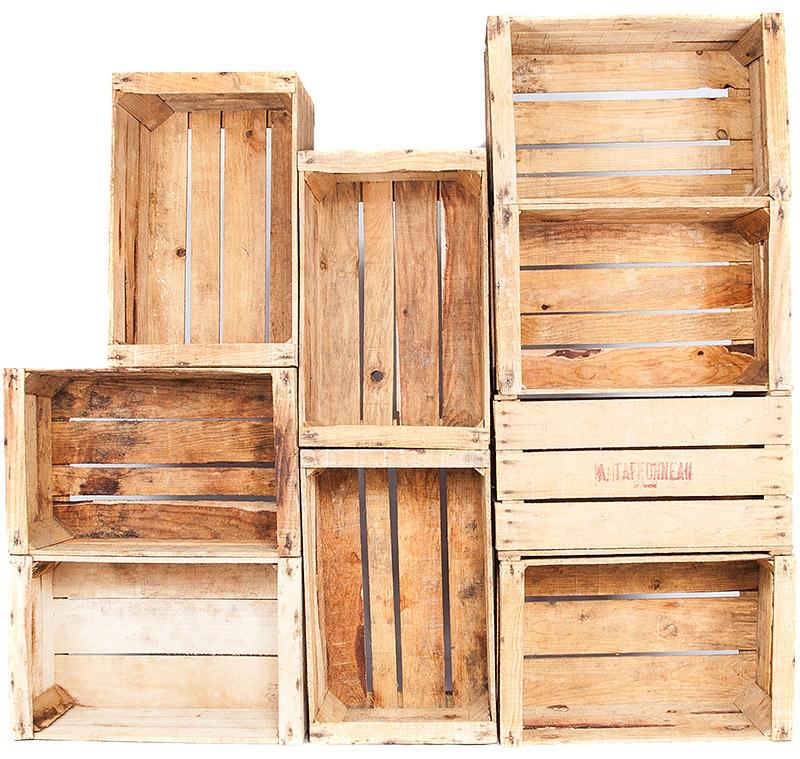 l 39 art de la caisse caisse en bois marqu e taffoneau. Black Bedroom Furniture Sets. Home Design Ideas