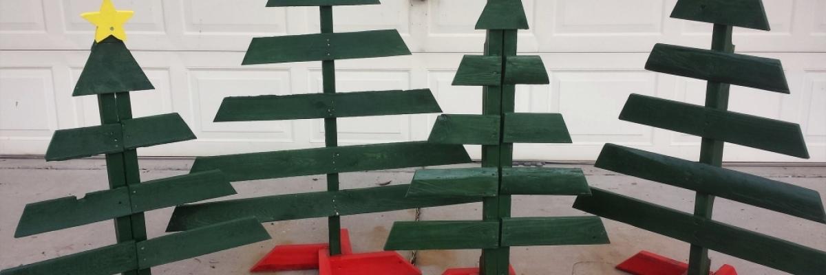 Réaliser un sapin de Noël avec une palette en bois