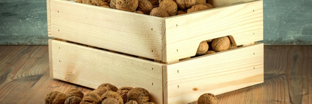 La caisse en bois qui devient un meuble caisse